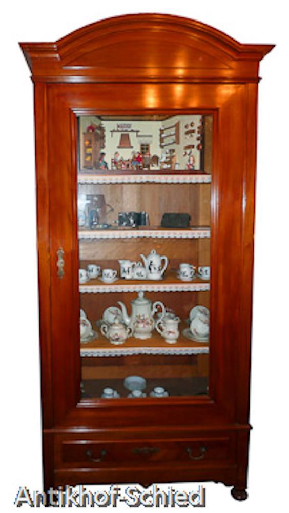 Antike vitrinen und antike glasschr nke aller stilepochen for Kirschbaum vitrine