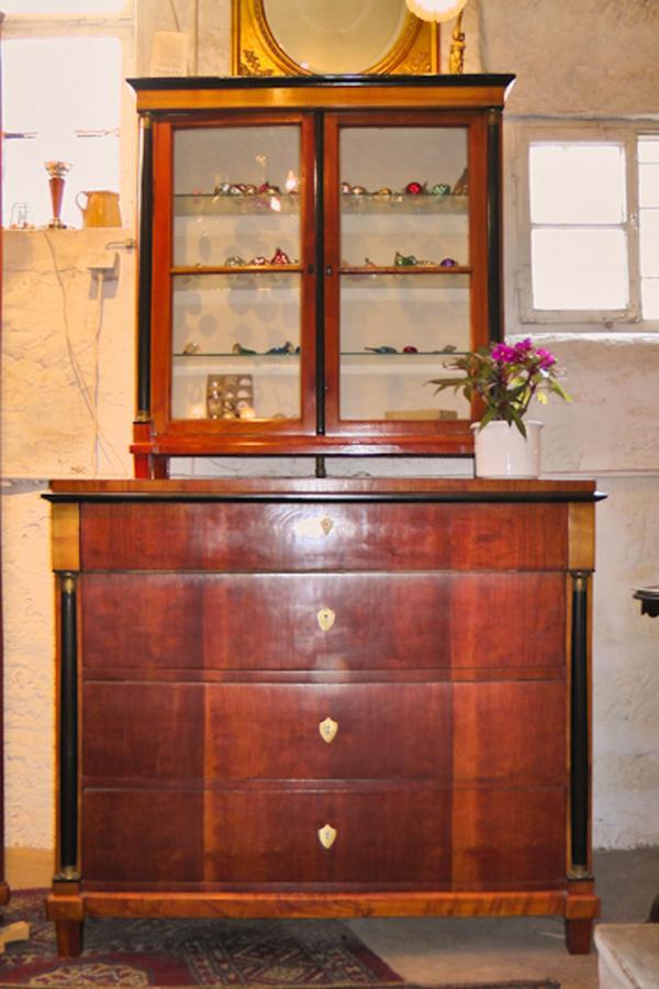 antike buffets aller stilepochen hier finden sie antike buffets aufwendig restauriert antik. Black Bedroom Furniture Sets. Home Design Ideas