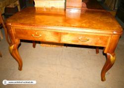 Antiker Schreibtisch (bureau plat) Nussbaum um 1900 mit geschweiften Beinen
